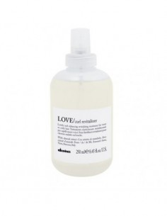 LOVE CURL REVITALIZER 250 ML.
